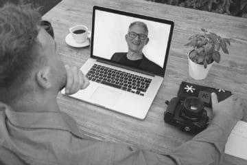 Mario Büsdorf Podcast Richtig wirken in der Videokonferenz s/w